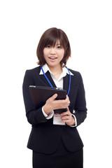 働く若い女性