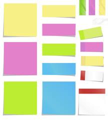 farbige Notizpapiere und Klebestreifen, Vektorset