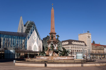Leipzig Augustusplatz mit Unikirche Universitätsgebäude
