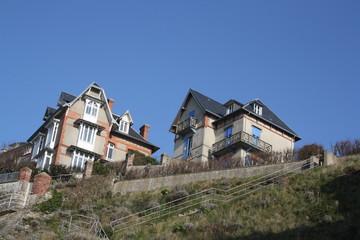 belles demeures sur falaises