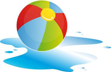 Wasserball mit Wasserpfütze