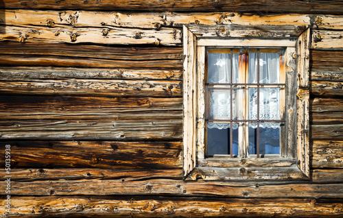 Vecchia finestra in legno di larice di silvano rebai foto for Finestra vecchia