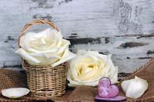 Les roses blanches avec le coeur