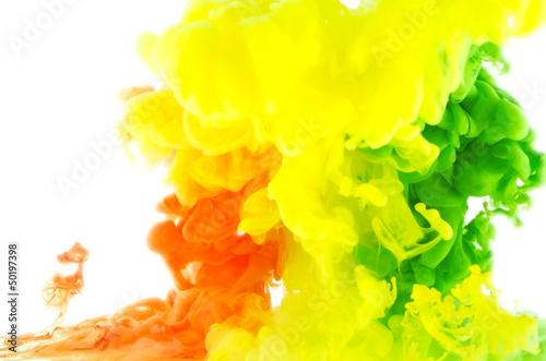ciekly-kolor-w-ruchu-abstrakcja