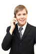 Angestellter telefoniert mit Handy