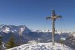 Gipfelkreuz mit Zugspitze