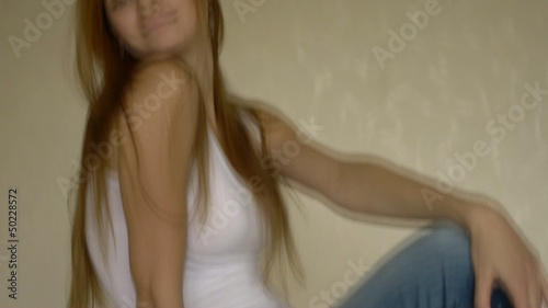 HD1080 Sexy young woman´s Chair Dance.