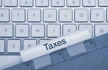 Taxes keyboard and folder