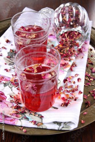 rosenblütentee