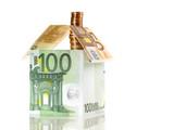 Haus aus Geldscheinen