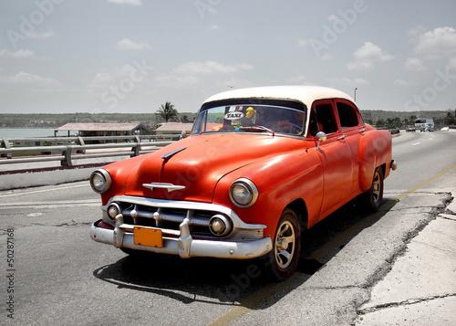Stary samochód na Kubie - 50287168