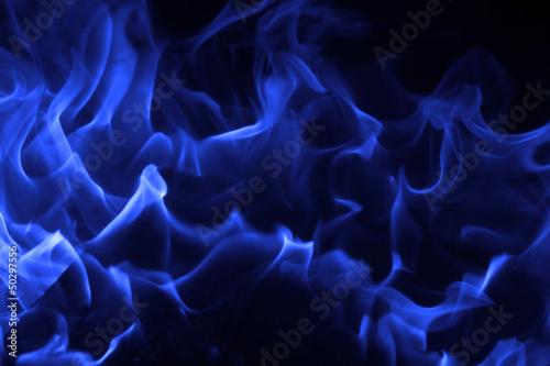 In de dag Vuur / Vlam Blue fire on black background