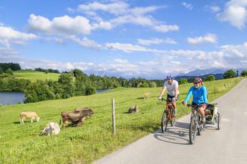 Radtour in idyllischer Landschaft