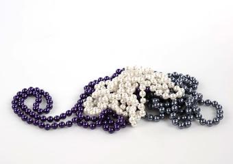 collane di perle colorate