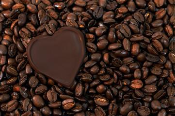 Kaffeebohnen mit Herz