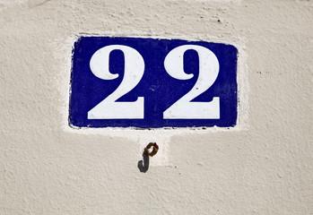 22, plaque de numéro de rue. twenty two