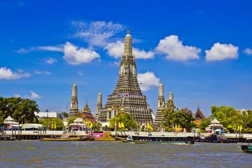 Wat Arun Ratchawararam Ratchawaramahawihan in Thailand