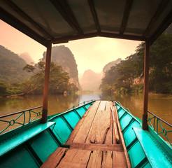 Fototapeta widok z łodzi na jezioro