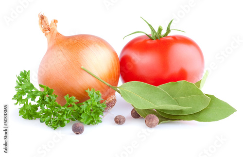Fresh gold onions, red tomato, pimento, parsley and bay leaves i