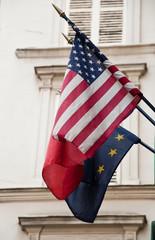drapeaux américain et Européen