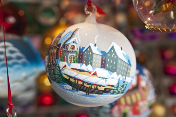 Stall selling Christmas balls