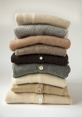 pile de pulls en laine