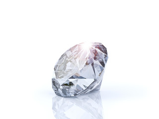 diamante su sfondo bianco