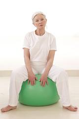 Retraitée active - Exercices en salle