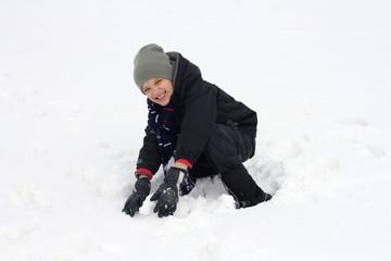 enfant dans la neige