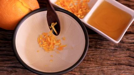 Herbal skin care. Mix orange peel and honey.