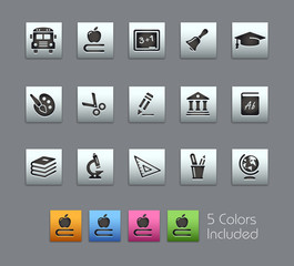 Education Icons / Vector includes 5 Colors