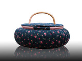 Old bag seamless vintage flower pattern on navy background