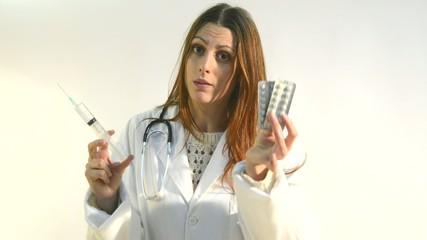 Doctora  pastillas aguja hipodermica