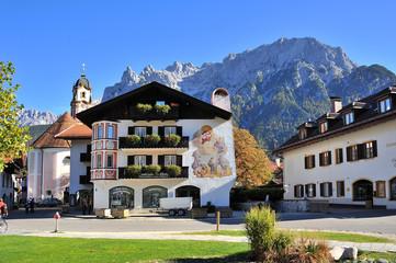 Karwendel Massiv Blick Dorfplatz Mittenwald