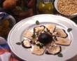 Insalata di pollo con funghi porcini e pinoli