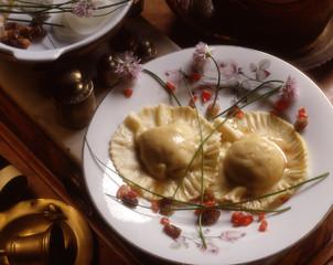 Ravioli di baccalà e uvetta