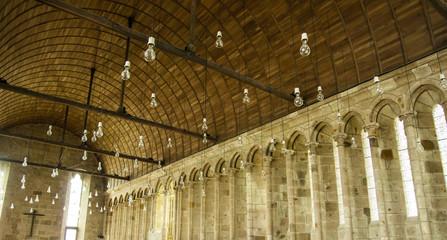 Il refettorio della basilica di Mont Saint Michel