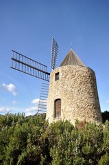 moulin saint roch