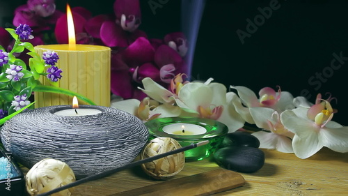 Spa composition with burning candles