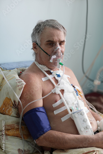 Senior man with oxygen mask