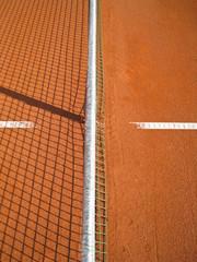 Tennisplatz mit Linie und Netz Schatten 72