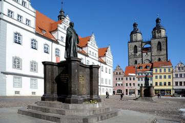 Melanchton Denkmal vor dem Rathaus Wittenberg