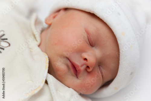 Beautiful newborn baby girl (exactly 2 hours old)