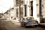 Fototapety Antique car, Trinidad