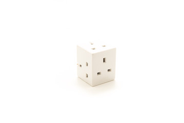 Dangerous UK Plug cube for plugging multiple three pin plugs
