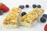 Granola Bars with Berries