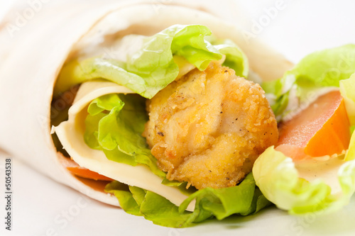 tortilla with chicken and vegetables