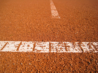 Tennisplatz Linie mit Ball 75
