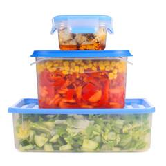 Frischhalteboxen mit Nahrungsmitteln