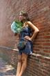 jeune fille et bouquet de basilic ,Philadelphie
